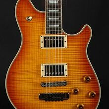 Photo von EVH Wolfgang USA Custom Sunburst (2012)