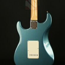 Photo von Fender Stratocaster Master Design 1965 Lake Placid Blue (2004)