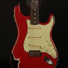 Photo von Fender Stratocaster 62 Heavy Relic Dakota Red over Black (2015)